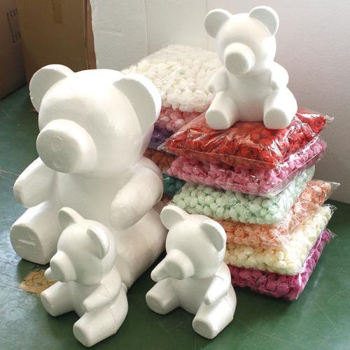 泡沫广泛的应用 非常漂亮的熊熊玩具工仔都是泡沫做成的