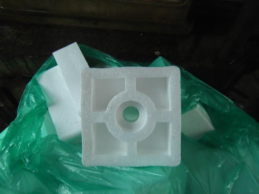 洗衣机打包用什么防震好?一定会用到泡沫包装材料的